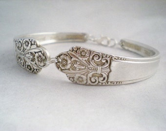 Spoon Bracelet, FREE ENGRAVING Silver Bracelet, Silverware Jewelry, PRECIOUS 1941, Vintage Wedding, Shabby Chic