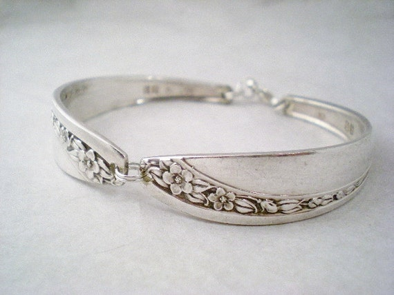 Spoon Bracelet, Vintage Silverware Jewelry, Vintage Bracelet, Shabby Chic, Vintage Wedding Bridesmaid STARLIGHT 1953