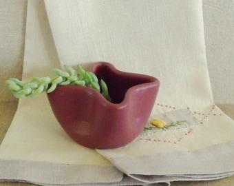 Vintage Zanesville Pottery Pinch Pot Vase  SALE - was 38.00