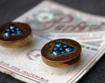 Perfect ! Precious vintage button sample card. Golden and night blue set.