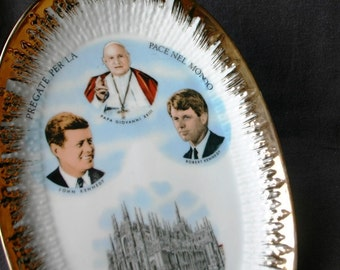 Kennedys in Milano. Commemorative plate.