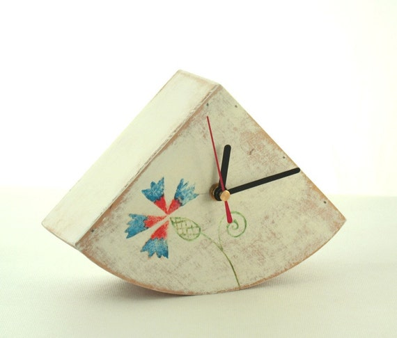 FREE SHIPPING - Table clock, Desk clock, Wood Clock, Folk Flower Art, White clock, Hand painted clock,Gift ideas