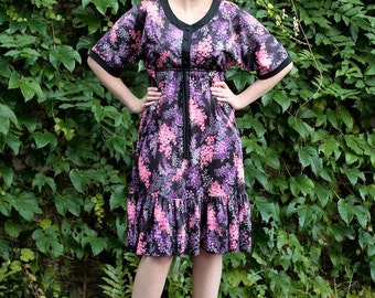 S-M vintage bouquet print purple & pink floral garden party dress