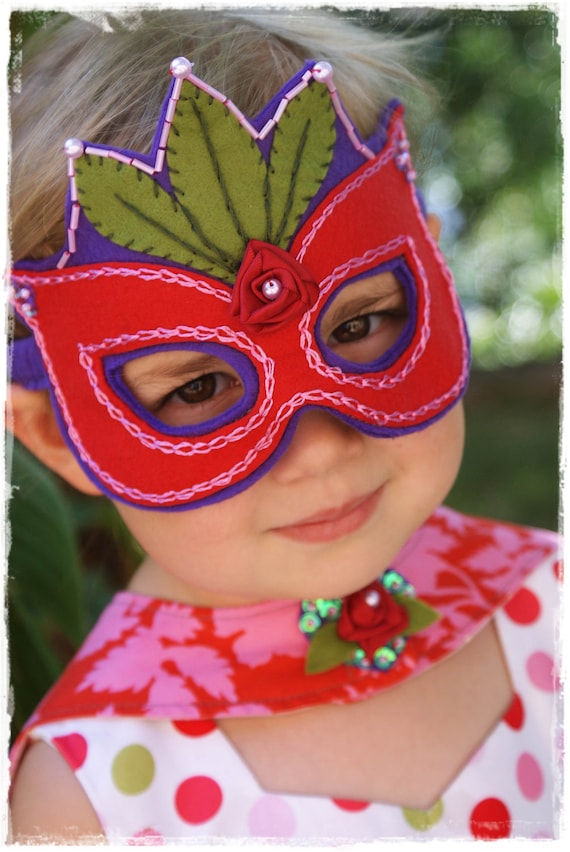 Super Princess Mask PDF Pattern
