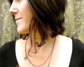 Bird necklace enchanting ( botanical, patina, automn, verdigris, swallow, bird house, woodland, rustic ) 24