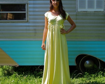 Vintage Maxi Dress Prom Pale Yellow 70's Size Small Goddess Lemon Icebox Pie