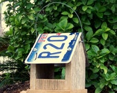 Bird Feeder, Texas License Plate Roof - Primitive Rustic Reclaimed Natural Weathered Barn Wood