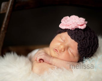 Baby Girl Hat, 3 to 6 Months Baby Girl Flapper Hat, Brown with Baby Pink flower. Great for Baby Photo Props. Baby Shower Gift.