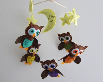 "Baby Mobile - ""Guardian of the night"" Nursery Mobile - Handmade Baby Boy Crib Mobile - Brown flying owls "" (Match your bedding)"