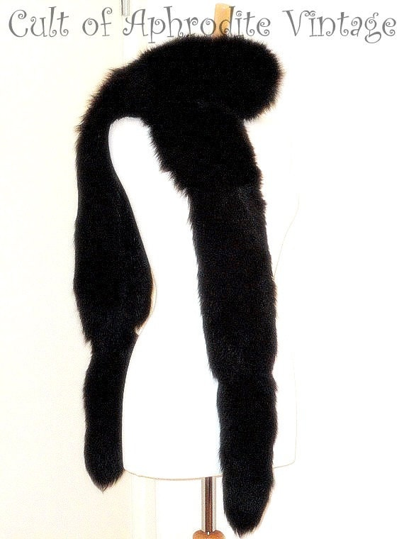 RESERVED //02/09/13// FREE Shipping // Vintage 60s Black Fox Fur Boa Tails Wrap Collar Stole SCARF
