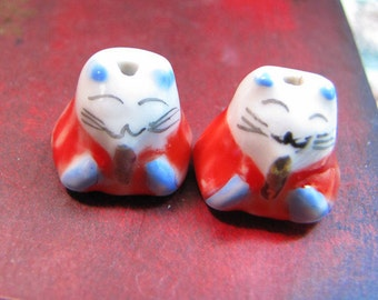 Handcrafted Porcelain Lucky Cat Beads/ Charms, Qty 2