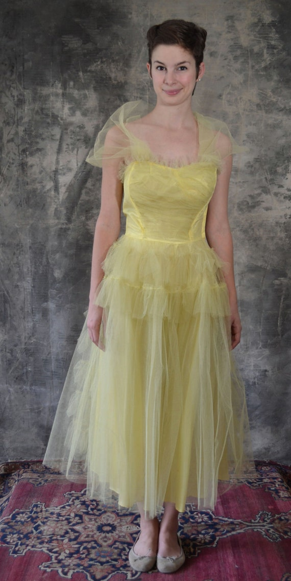 50s happy yellow tulle party dress