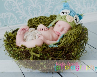 Mr Sleepy Owl Beanie in Aqua Blue and Celery Green Available in Newborn to 5 Years Size- MADE TO ORDER