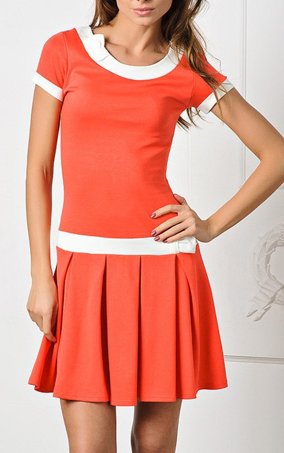 summer dress. orange. short skirt with pleats.