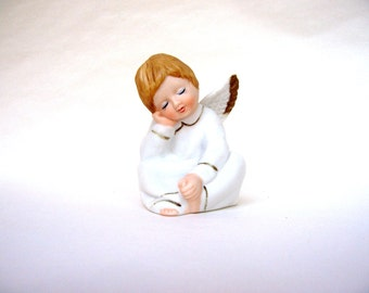Vintage Angel Sleeping Child Hand Painted Enesco 1979 Resting Sweet Figurine