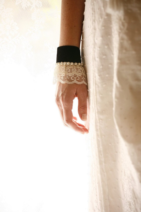 Ivory black Lace cuffs Bracelets Fabric victorian jewelry Avant Garde accessories 1940s feminine Whimsical vintage style