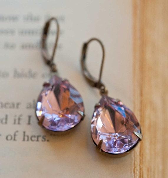 Lavender Earrings Bridesmaid Wedding Earrings Estate Style Earrings Vintage Swarovski Jewelry Purple Earrings Drop Earrings