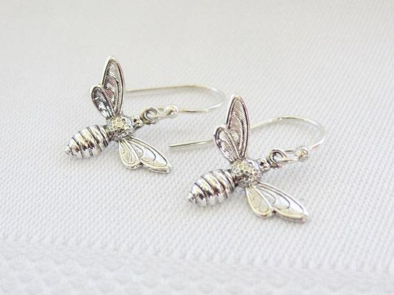 hunger games jewelry Tracker Jacker earrings