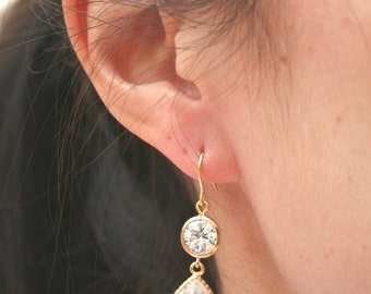 Gold Crystal Clear Earrings.Crystal Earrings.Gold Bridal Earrings.Bridesmaid Gift.Bridesmaid Earrings.Drop Earrings.Bridal.Wedding Earrings.