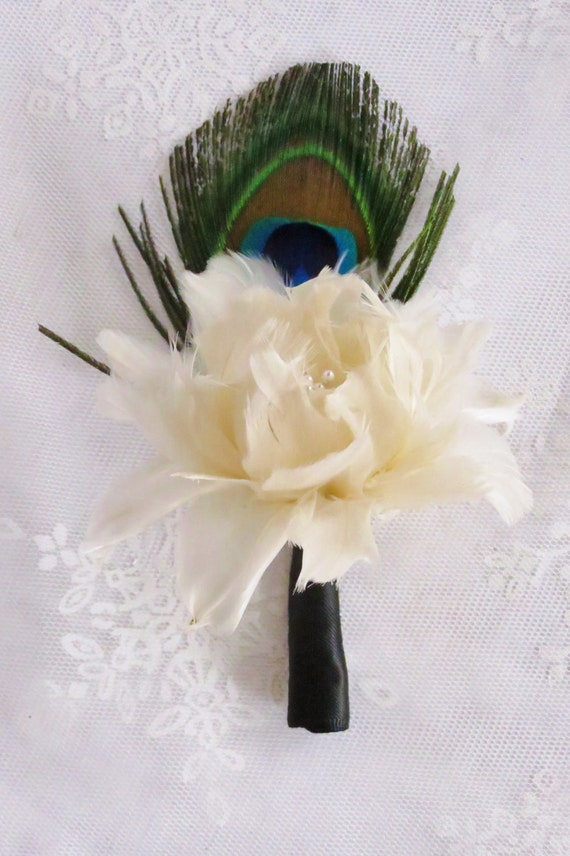 Dahlia & Peacock Feather Boutonniere - Gatsby Wedding - Peacock Wedding - Peacock Collection - Alternative Flowers