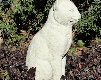 Vintage Stone SITTING CAT STATUE Garden Art w/ Worn Texture (v)