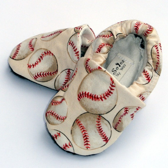 Baseball Baby Boy or Girl Shoes- Little Slugger Crib Shoes- Handmade with Organic lining- Size 12-18  months- Baby Clothes