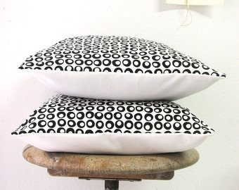 Black Dots Pillow Organic Cotton 16 x 16''
