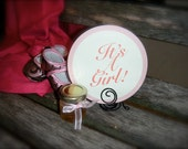 Baby Shower Sign, Photo Prop,  It's A Girl, Round Sign