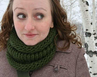 Evergreen Hand Knit Cowl Scarf