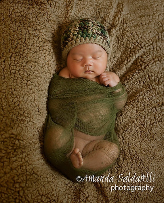 Newborn Baby Camo Beanie Photography Prop (sizes nb, 1-3mos, 3-6mos, 6-12mos - boy green camo or girl pink camo)