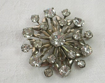 Vintage RHINESTONE BROOCH Retro SNOWFLAKE Pin Holiday Jewelry Gift