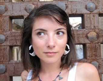 Fake Gauge Earrings  Fake Plugs White Bone Swan Tribal Earrings - Piercing Gauges Plugs Bone - FG001 B G2