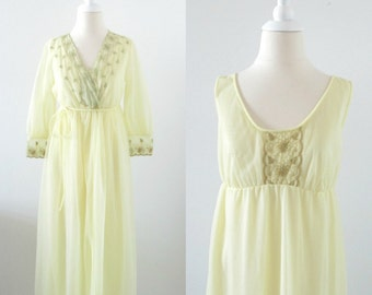 Vintage 1960s Chiffon Nightgown Peignoir Set in Pastel Yellow - Slumber Suzy - Small Medium