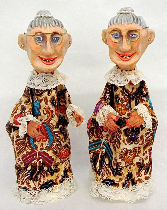 "TREASURY ITEM Hand Puppets, Handmade, Hand-Painted--""Bessie and Sadie""--Height:  14-1/2"""