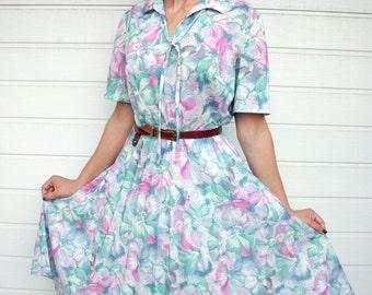 Vintage High Waist Pastel Floral Pleated Shortsleeve Midi Dress