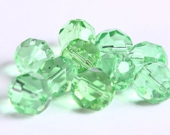10mm light green firepolish beads - 10mm faceted round beads - 10mm glass beads - 10 pieces (223) - Flat rate shipping