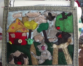 Primitive applique wall hanging quilt, It's a Busy Spring Day
