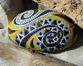 Enchantment / Painted Rocks / painted stones / Sandi Pike Foundas / Cape Cod