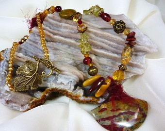 Mookaite, Onyx and Fiber Necklace