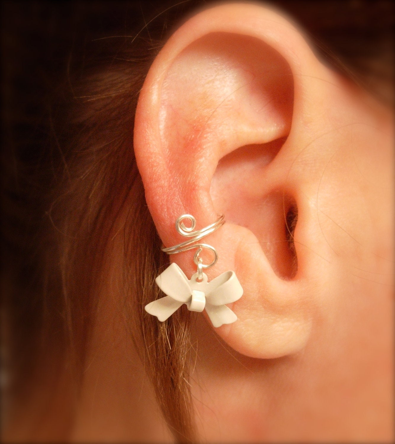 ear cuff dainty and feminine silver cuff with white bow charm. Black Bedroom Furniture Sets. Home Design Ideas
