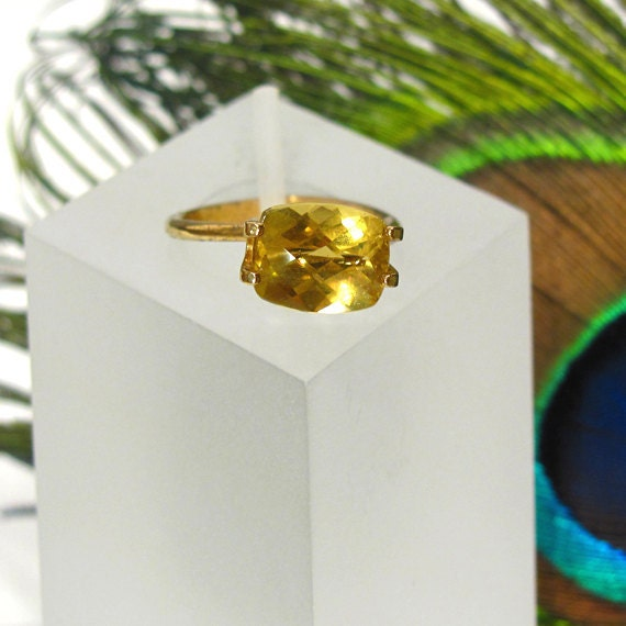 Golden Beryl Faceted Antique Cut - 10X8mm Natural Faceted Gemstone with Checkerboard Table: LSBeryl10X8mmAnt