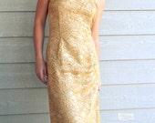 Vintage Lace Dress. 1980s Gold Cocktail Wiggle dress. Wedding. Bridesmaid. Strapless Dress. Scallop Dress.