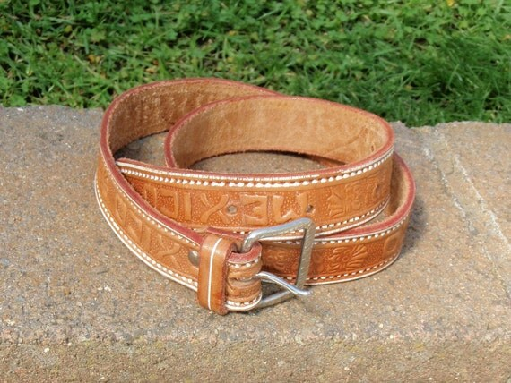 SALE // Vintage Tooled Brown Mexico Leather Belt // Small