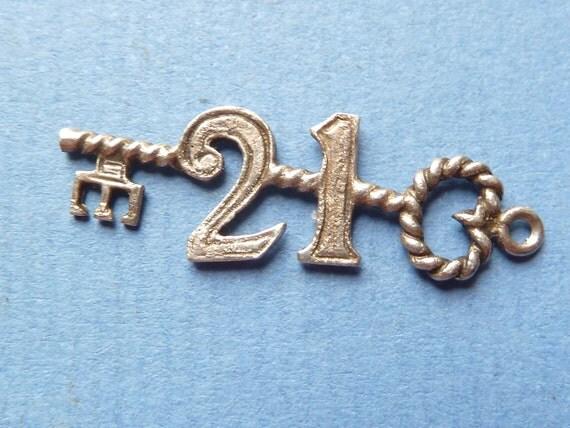 Vintage 3D English Sterling silver  large 21 key charm for bracelet charm