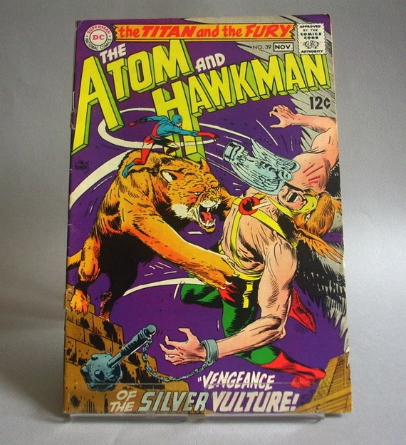 """Vintage Comic Book, The Atom and Hawkman No. 39, """"Vengeance of the Silver Vulture"""", November 1968, DC Comics"""