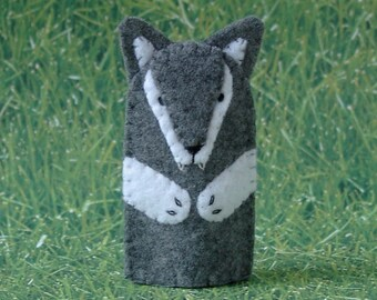 Grey Wolf Finger Puppet - Big Bad Wolf Puppet - Felt Animal Puppet Wolf - Felt Finger Puppet Wild Animal