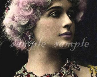 instant DIGITAL DOWNLOAD - Printable Collage sheet - Marie Antoinette Pink hair VINTAGE photograph - no262
