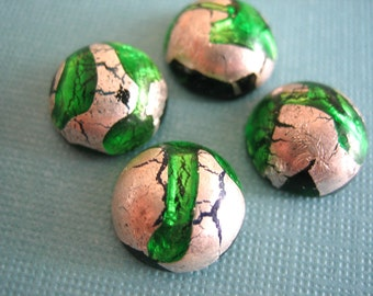 Vintage cabs (2) glass emerald  green  silver foil Japan cabs stones 12 mm (2)