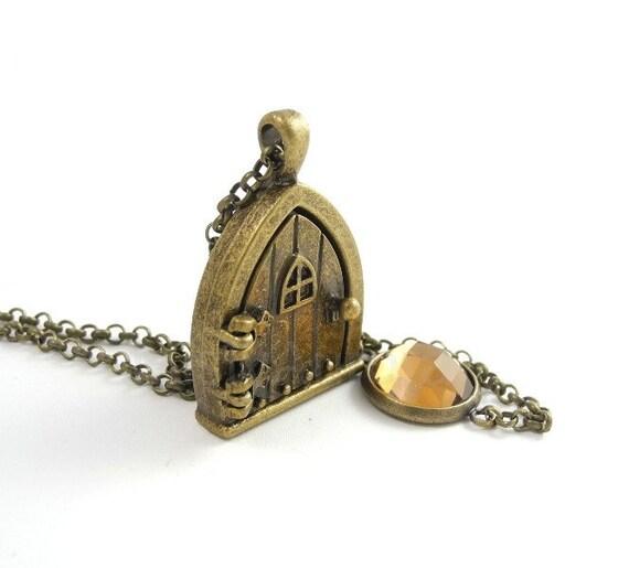 Hobbit Door Necklace - Locket Necklace - Fairy Door Locket Necklace - Hobbit Frodo - Whimsical Jewelry
