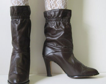 size 7.5, 1980s Dark Autumn Brown Slouchy Leather Vintage Ankle Boots with stacked heel